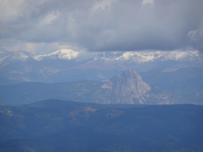 3 Fresh snow in the hike peaks to the north