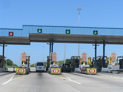South Africa had modern toll roads.  However, pedestrians walked along the road's shoulder throughout the country.
