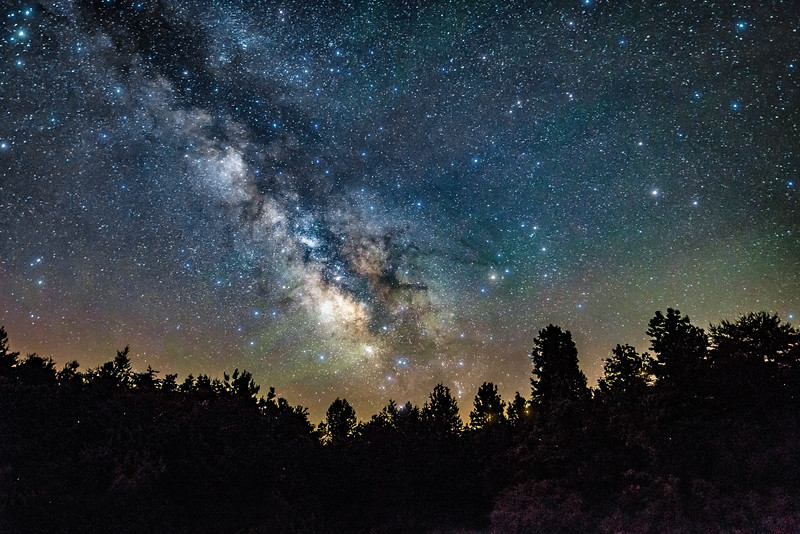 milky way and airglow