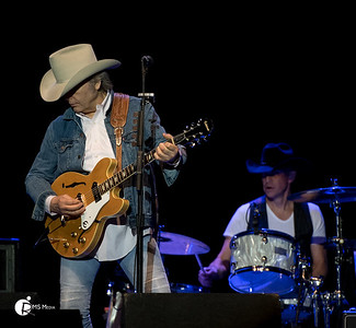 Dwight Yoakam  12-Jan-2017