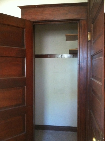 walk-in closet for the smallest room