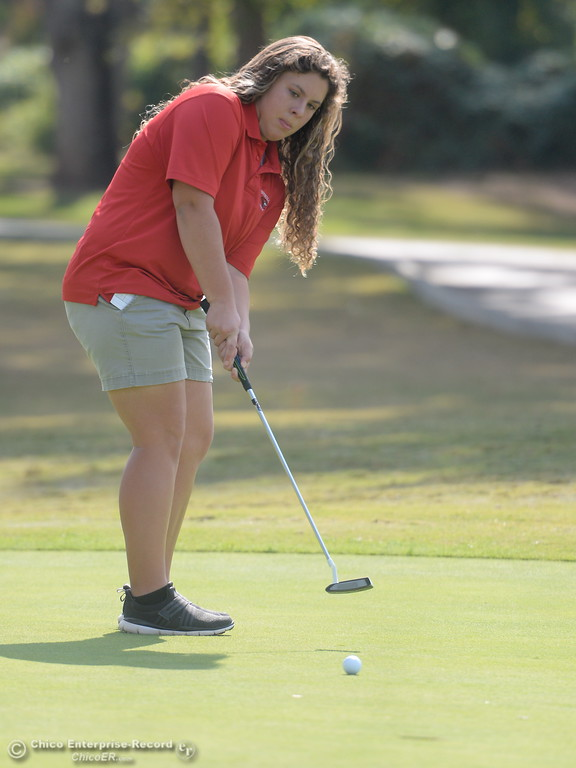 . Foothill High golfer Lucy Thomason putts during the Eastern Athletic- Sacramento River League girls golf championships at Butte Creek Country Club in Chico, Calif. Monday Oct. 16, 2017. (Bill Husa -- Enterprise-Record)