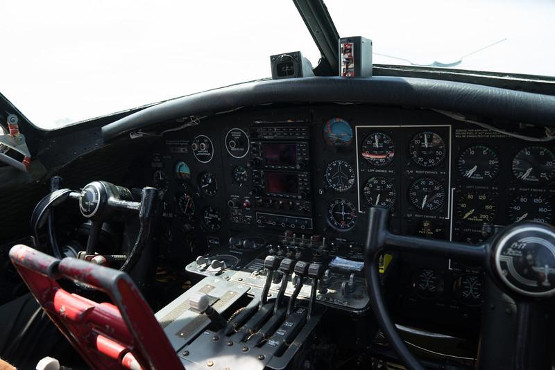 B 17 LINC-04032