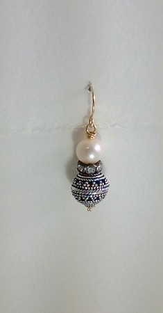 9-WP-RS-SS-CO36 WHITE PEARL, RHINESTONE SAUCER AND STERLING BEAD EARRING
