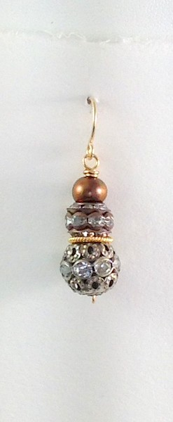 8-2RS-CO46  TWO AGED RHINESTONE BEADS AND GOLD PEARL EAR