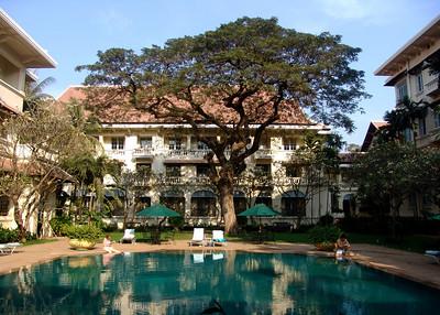 RAFFLES HOTEL - PHNOM PENH