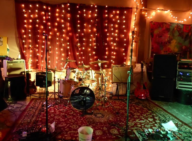 Stage & gear glow