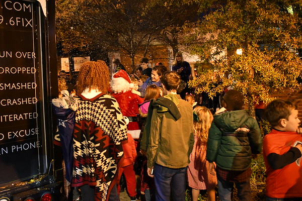 EAV Tree lighting 2017