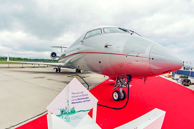 Vistajet Bombardier CL-600-2B19 Challenger 850 9H-ILV 5-20-19 2