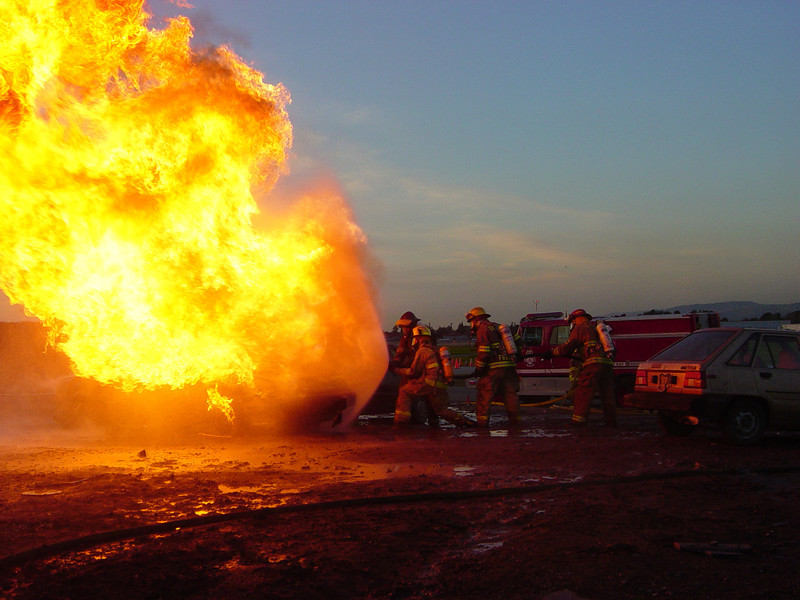 Fire academy vehicle fire suppression training