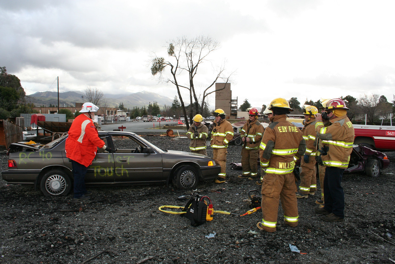 Fire academy training on patient vehicle extrication