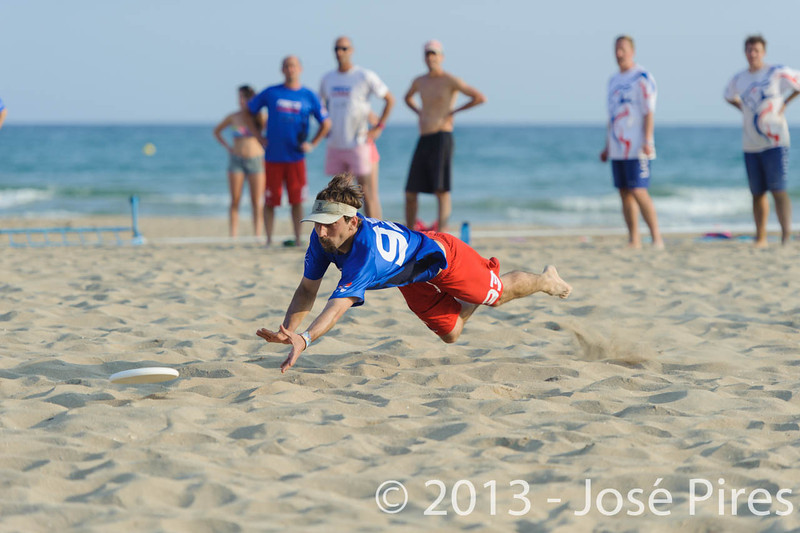 ECBU 2013. Calafell. Spain.<br /> Great Britain vs France. Grand Masters Division.<br /> PhotoID : 2013-06-27-0204