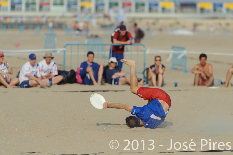 ECBU 2013. Calafell. Spain.<br /> Great Britain vs France. Grand Masters Division.<br /> PhotoID : 2013-06-27-0188