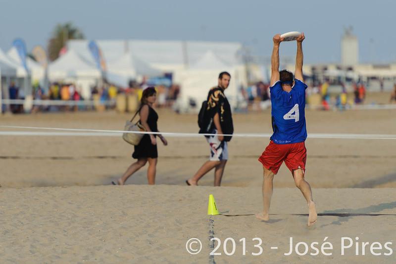ECBU 2013. Calafell. Spain.<br /> Great Britain vs France. Grand Masters Division.<br /> PhotoID : 2013-06-27-0281