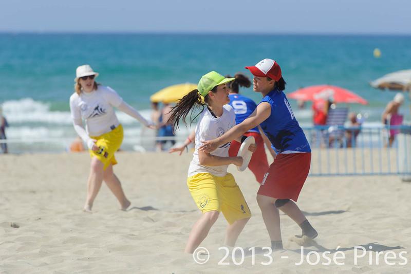 ECBU 2013. Calafell. Spain.<br /> France vs United European Islands. Women's Masters Division.<br /> PhotoID : 2013-06-29-1116