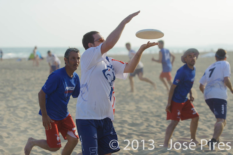 ECBU 2013. Calafell. Spain.<br /> Great Britain vs France. Grand Masters Division.<br /> PhotoID : 2013-06-27-0251