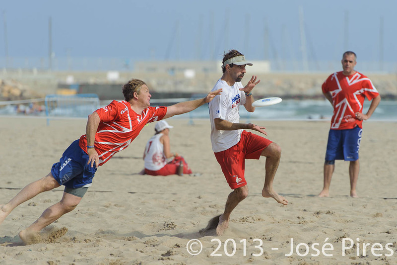 ECBU 2013. Calafell. Spain.<br /> Great Britain vs France. Grand Masters Division.<br /> PhotoID : 2013-06-28-1035