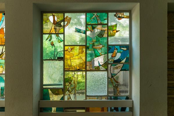 Helmut Lander DS, Glasfenster