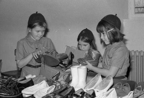 Darmstadt-Girl Scouts-sending CARE packages-(Beardsley)-1 De