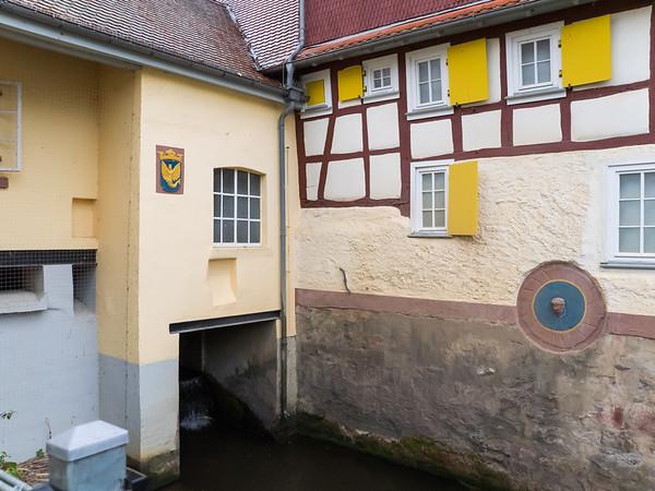 Kunststoffstrasse im Landkreis Darmstadt-Dieburg: Führung durch Babenhausen mit Ine Reichert, 5. November 2016