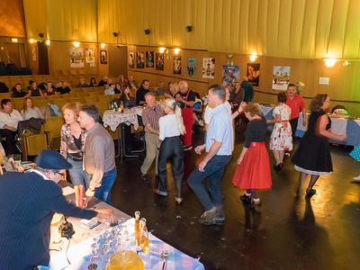 Kunststoffstrasse im Landkreis Darmstadt-Dieburg: Tanzparty im Saalbau-Kino Pfungstadt mit Nobby & The Bobcats am 5. November 2016
