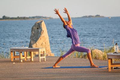 Kim Cipolla, Yoga poses, Grinnell's Beach,