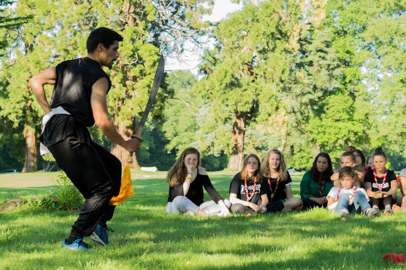 Kung-fu avec un sabre