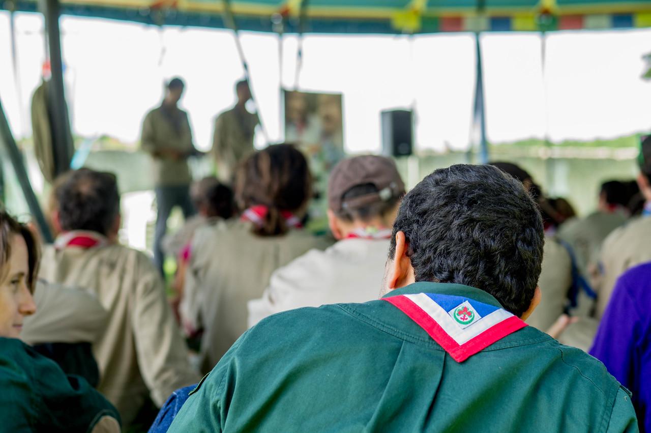 Le représentant des Scouts Musulmans de France attend son tour de parole
