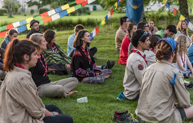 """""""Mouvement scout d'éducation à la pleine conscience"""""""