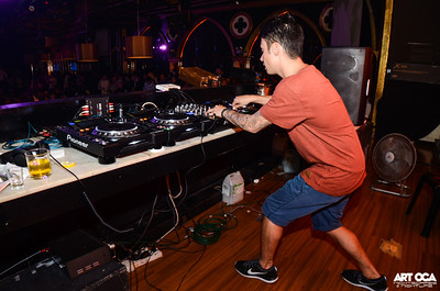 Bassjackers at Republiq (7)