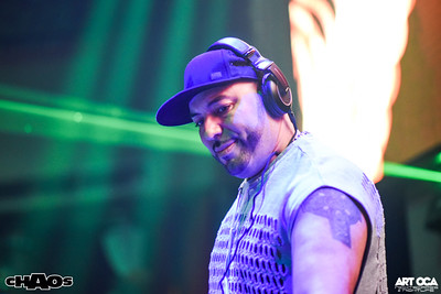 Roger Sanchez at Chaos (3)