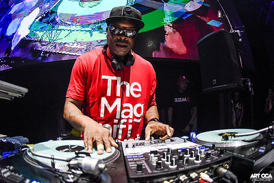 Jazzy Jeff at Chaos (8)