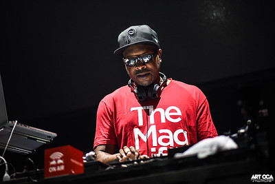 Jazzy Jeff at Chaos (1)