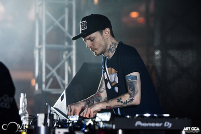 Deadmau5 at Cove Manila (5)