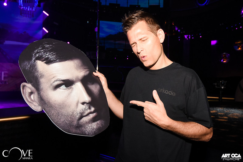 Kaskade at Cove Manila (2)