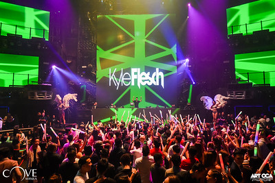 Kyle Flesch at Cove Manila (9)
