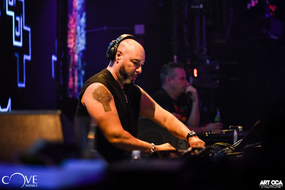 Roger Sanchez at Cove Manila (3)