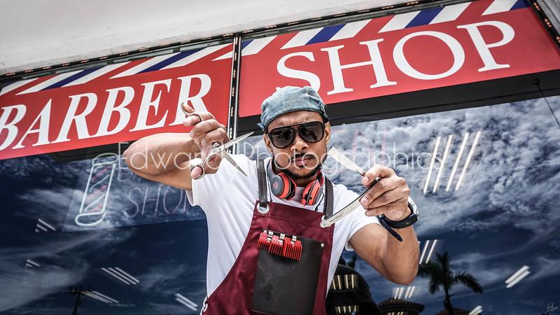 El Barbero... (The barber)