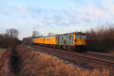 73119 tnt 73201 on the 3Q01 Derby RTC to Derby RTC at Findern on the 17th January 2015