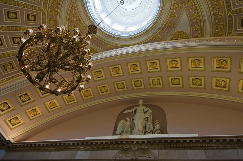 Sala de la coleccion de estatuas nacionales