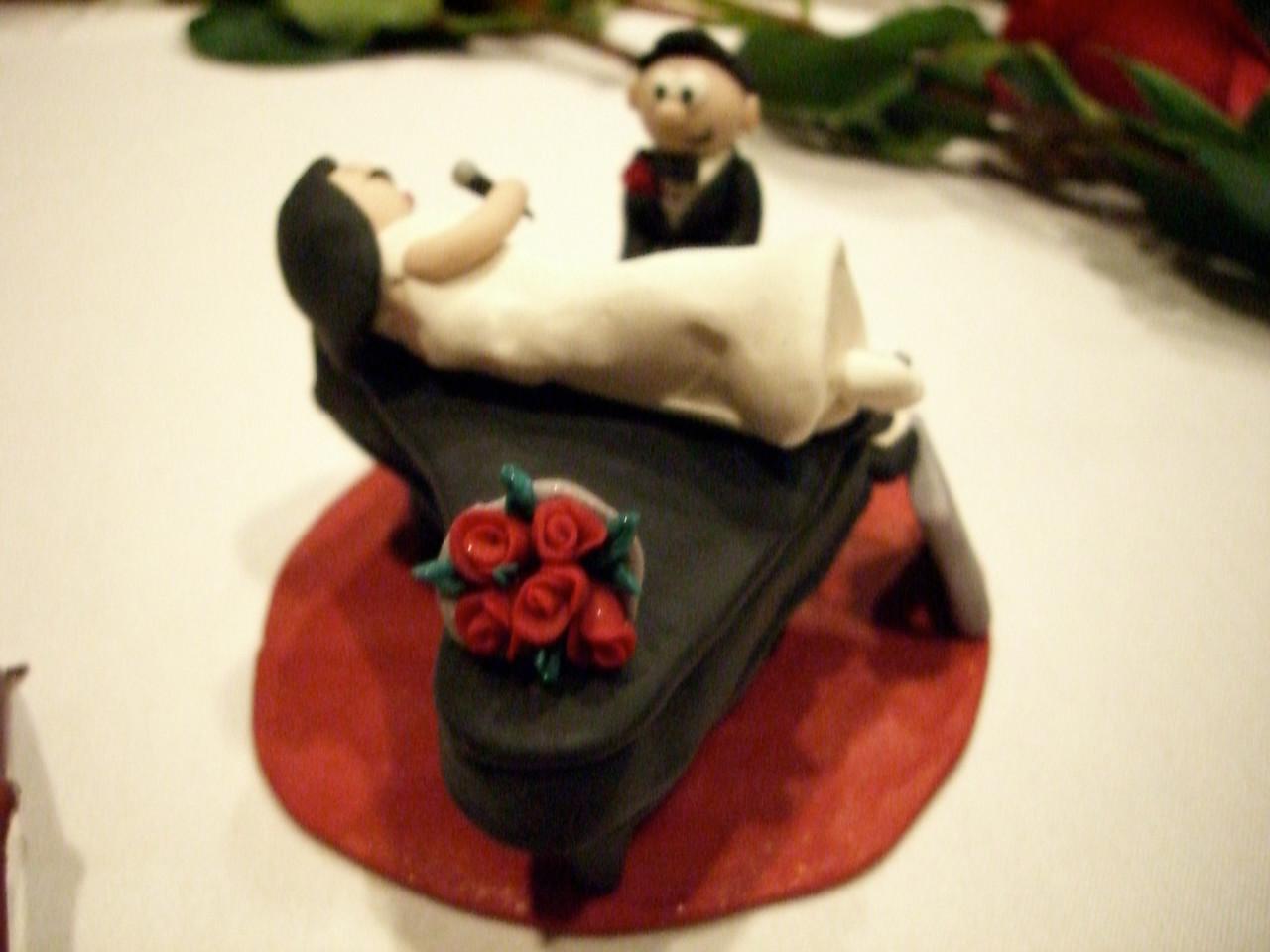 Jessica Low's Custom Cake Ornament 2