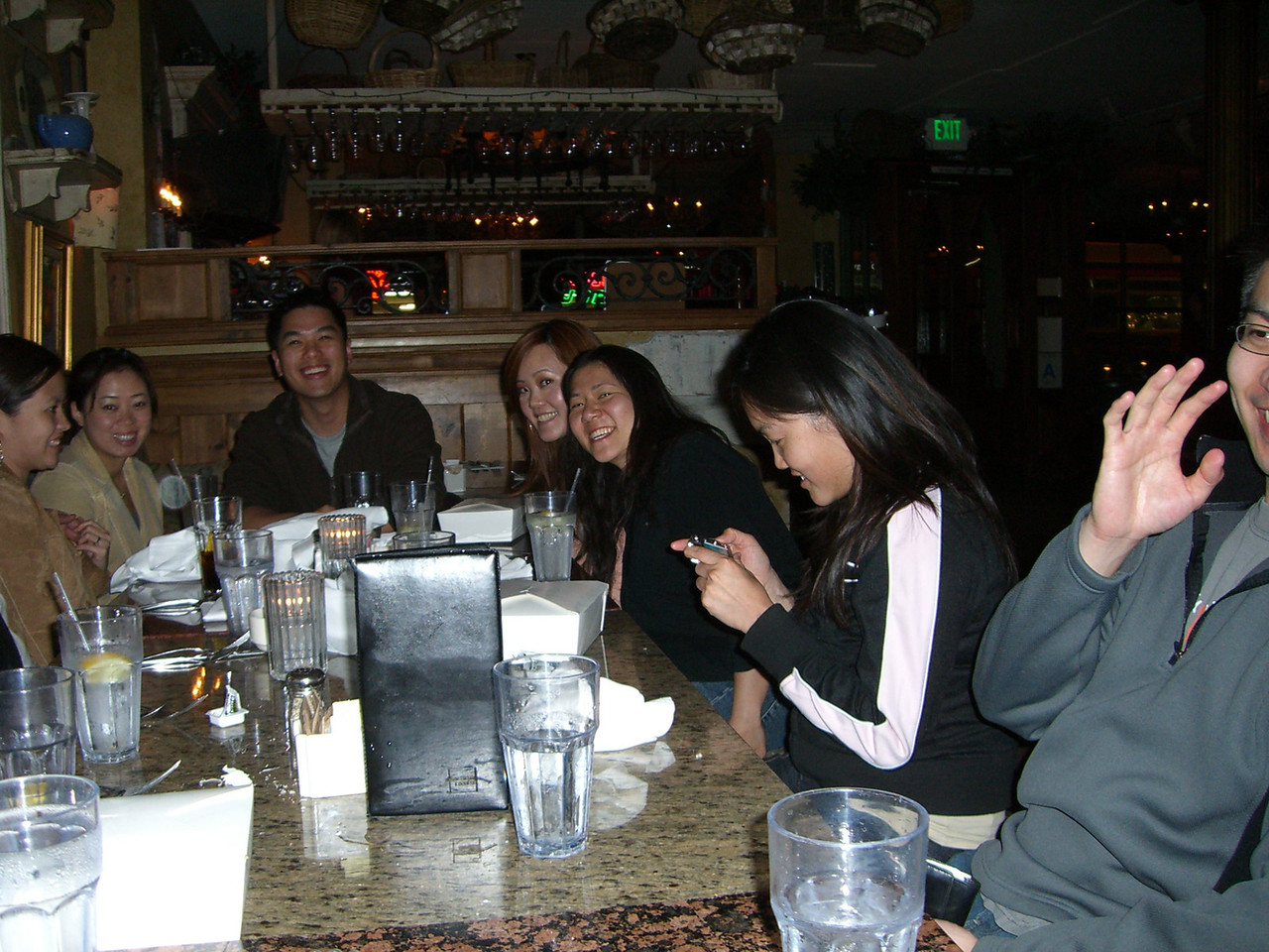 2006 05 05 Fri - Old EFC'ers dinner in LA - Cathy Huang, Julie & Johnny Chen, Maggie Yang, Angela Chen, Bernice Chen, Yu-tsun Cheng