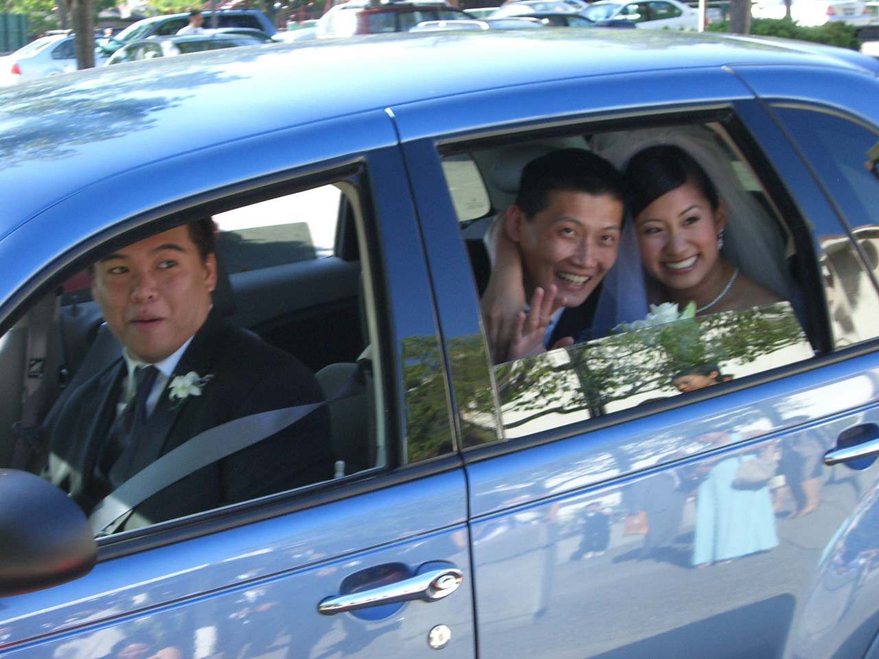 2006 06 18 Sun - Chauffeur Lawrence Joe, Mike & Brittany Chen