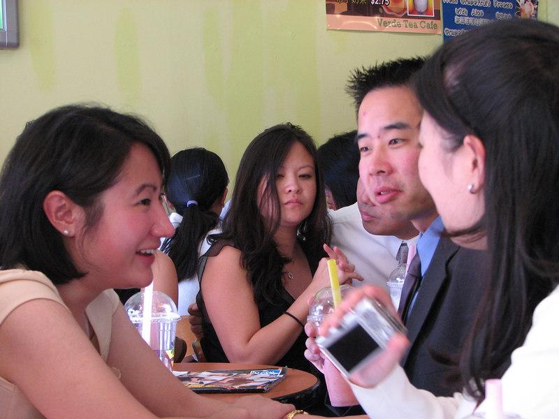 2006 10 08 Sun - In between boba @ Café Verde again - Susan Lien, Cathy Huang, Henry Peng, & Annie Chang