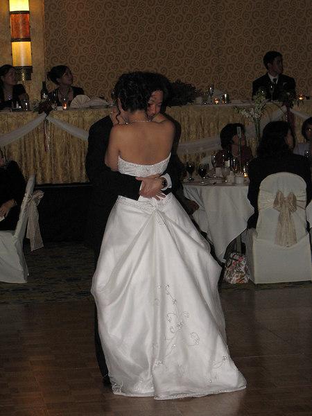 2006 10 08 Sun - Reception - 1st dance 2