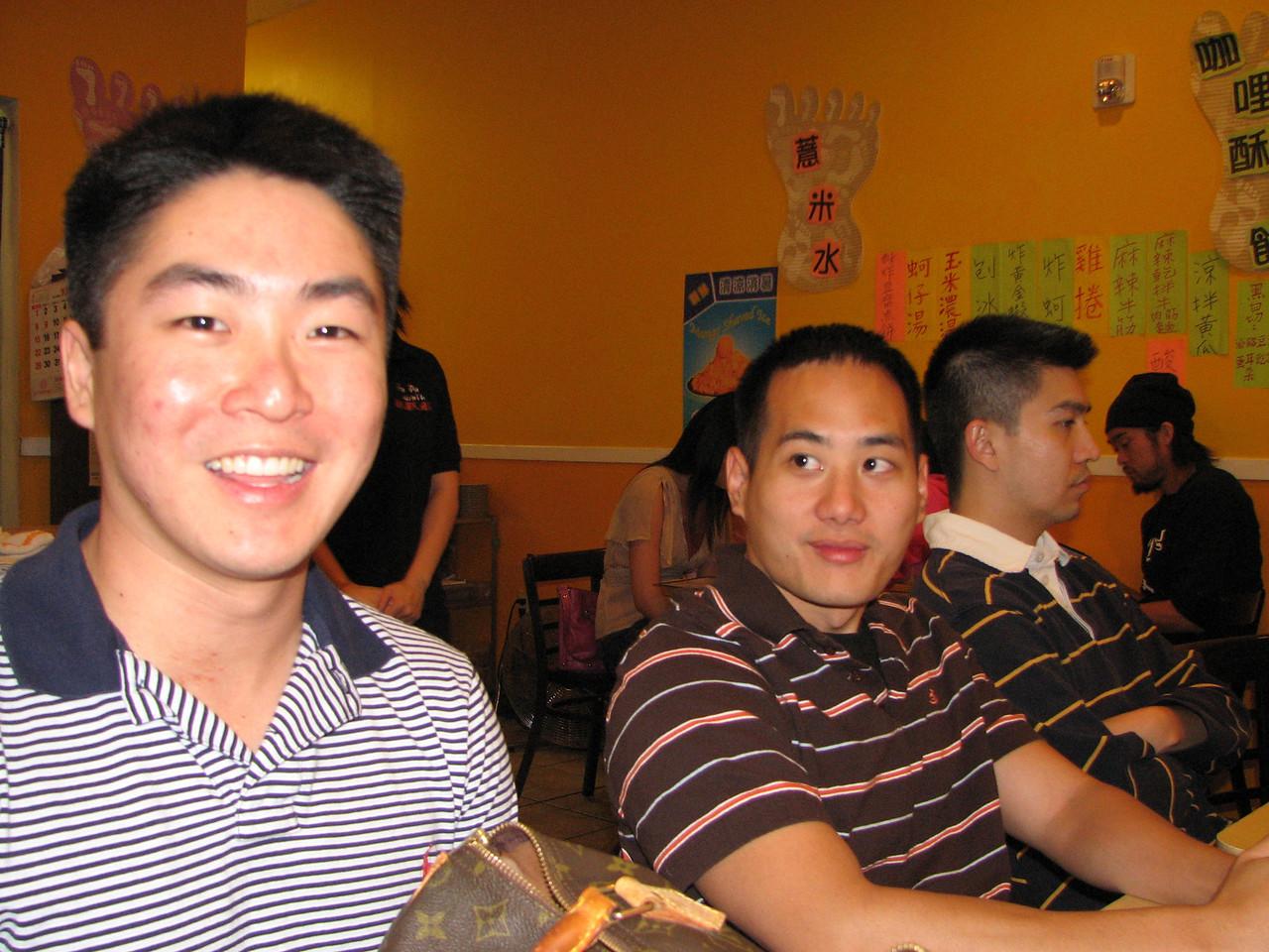 2006 10 29 Sun - Dean Chang & his LV purse, Jimmy Chen & his live in partner Yu-Tsun Cheng 2