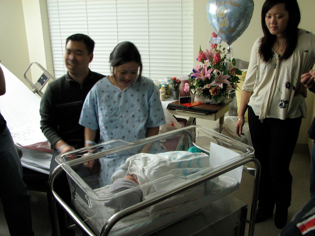 2007 03 23 Fri - Harry, Cathy, & Joshua Huang, and Maggie Yang 1