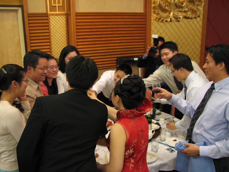 2007 05 19 Sat - Reception - EFC-Harvest youngers table toast with bride & groom