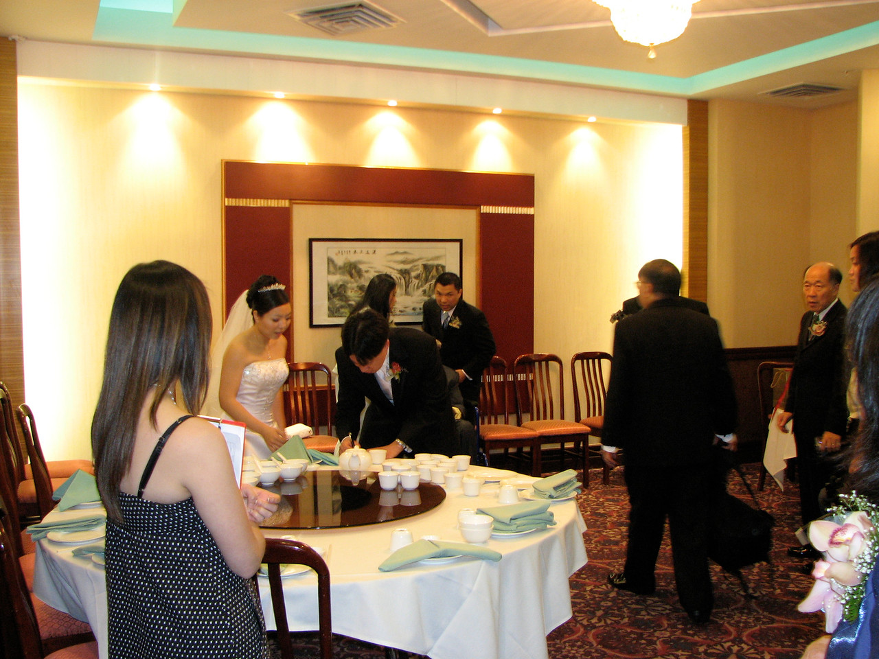 2007 05 19 Sat - Reception - Tea ceremony in private room with family 1