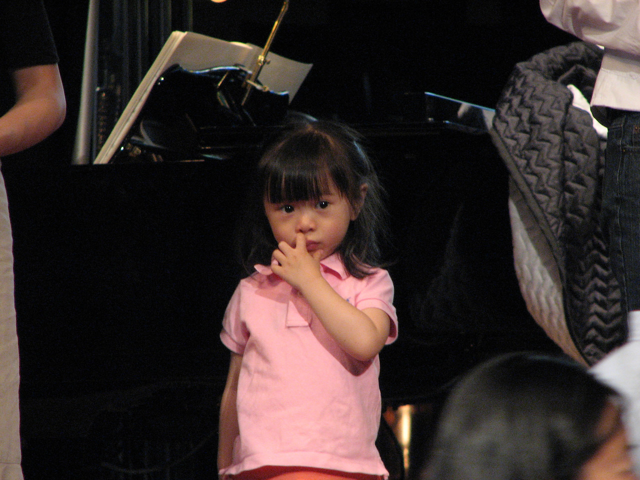 2007 05 18 Fri - Rehearsal - Flower girl Joelle Chien picking her nose